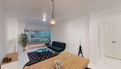 TE KOOP:  Stijlvol gerenoveerd appartement 3D Model